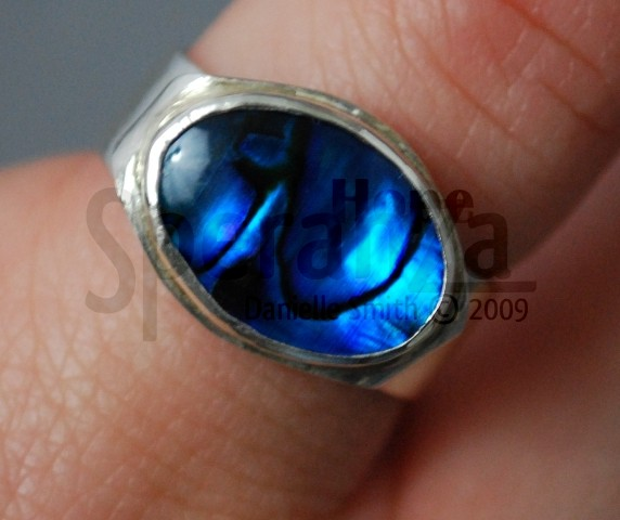 daniellesmith-ring-with-blue-gem-2008-1